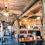 寒い時期こそ!CAMP&MUSIC. KOYAで楽しむエスニックランチとアウトドア